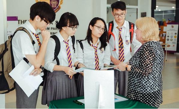 gia-su-luyen-thi-dai-hoc-chat-luong-tai-Ha-Noi
