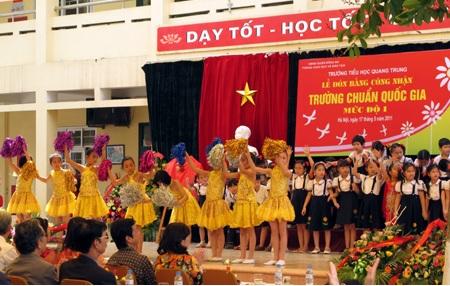 gia-su-tieu-hoc-tai-quan-dong-da