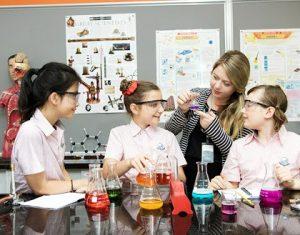 Kinh nghiệm tìm gia sư Hóa lớp 10 giỏi dạy kèm con tại Hà Nội