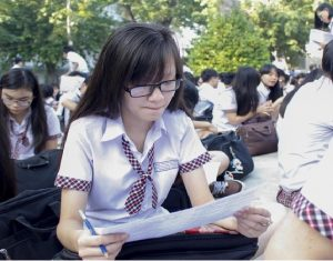 Kinh nghiệm thuê gia sư Toán lớp 12 giỏi cho con tại Hà Nội