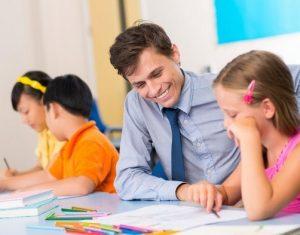 Lựa chọn gia sư như thế nào để tác động đến con tốt nhất?