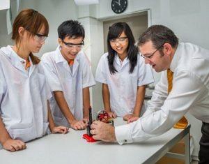Chia sẻ kinh nghiệm học môn Vật lý lớp 9 hiệu quả cao