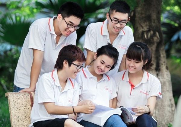 ly-do-phu-huynh-can-gia-su-kem-con-mon-toan-11-tai-nha