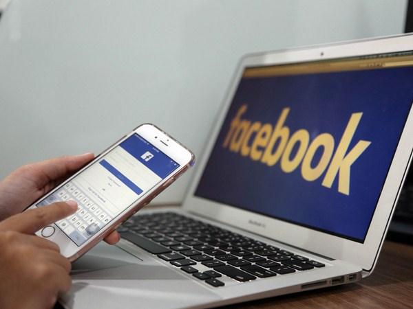 Học qua mạng xã hội