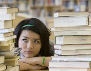 Góc học tập: Học lệch và học tủ như thế nào là hợp lý?