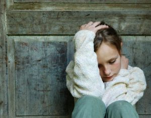 Giải pháp nào cho bố mẹ khi con có biểu hiện trầm cảm?