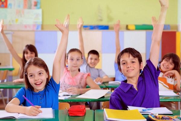 Mối quan hệ giữa giáo dục tri thức và đạo đức cho trẻ ở bậc tiểu học