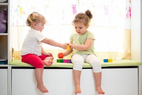 Tạo điều kiện cho trẻ tham gia các hoạt động xã hội