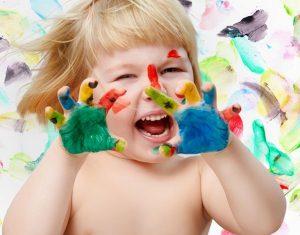 Cha mẹ cần làm gì để phát huy hết khả năng sáng tạo của con?