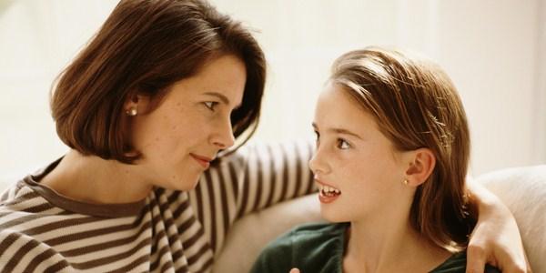 Nguyên nhân của việc trẻ tạo khoảng cách với bố mẹ