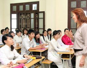 Giải pháp giúp cho học sinh THPT tiếp thu tốt môn Tiếng Anh