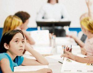 Cách giúp trẻ vượt qua nỗi sợ học Tiếng Anh khi mới bắt đầu